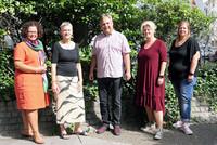 v.l.n.r.: Sandra van Heemskerk (stellv. Landesvorsitzende), Ute Simon, Ingo Bings, Andrea Kunert, Jasmin Restel (Referentin) (Foto: © komba gewerkschaft nrw)